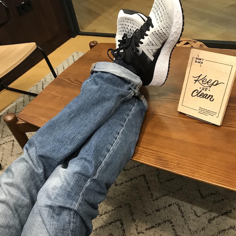Der 1080 lässt sich auch wunderbar zur Jeans tragen (Foto: Achilles)